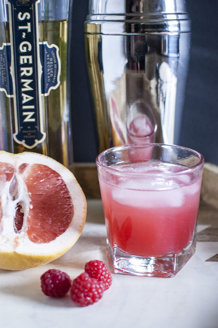 Grapefruit Craft Cocktail