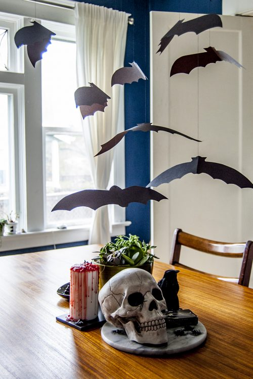 DIY Halloween Decor: Flock of bats