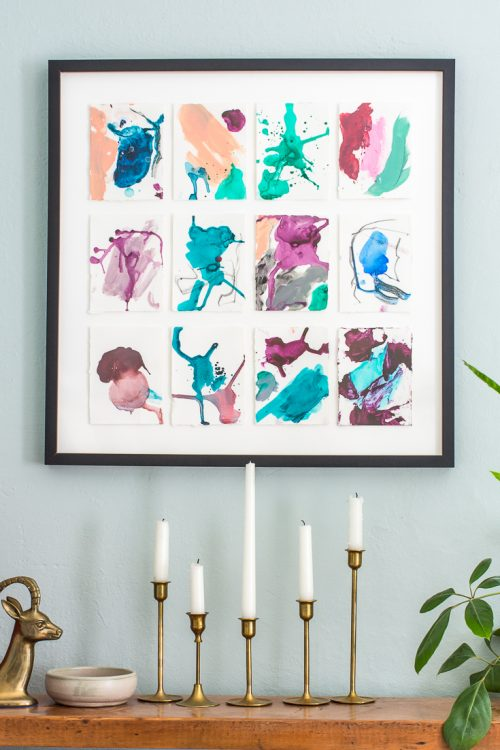 Even if you've never painted, don't be afraid to try painting your own DIY abstract art pieces. #art #AbstractArt #DIY #DIYart #decoration #walldecor